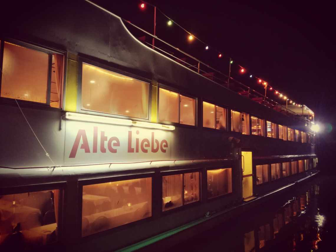 Schiff Alte Liebe